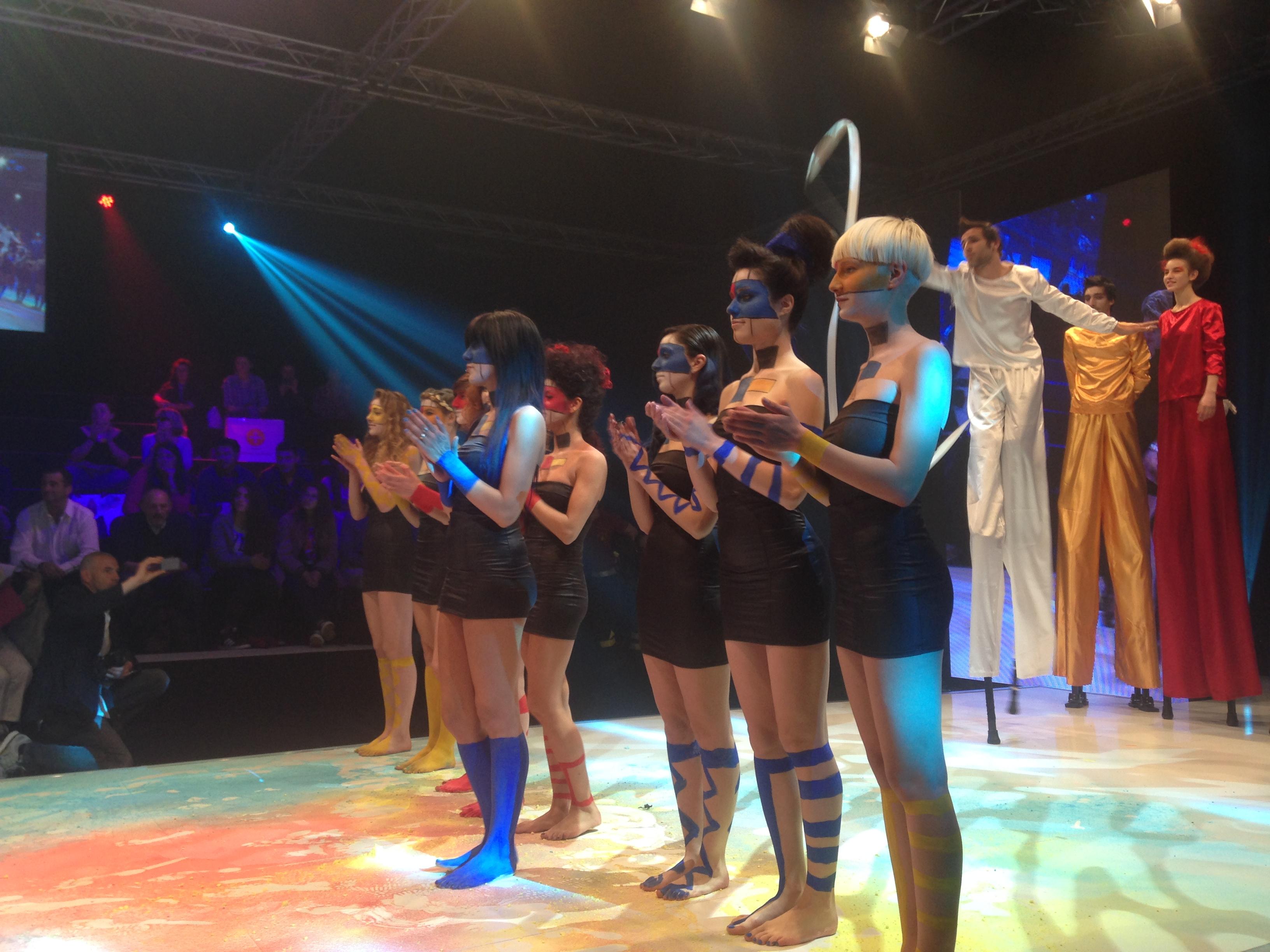 Hostess Cosmoprof 2015